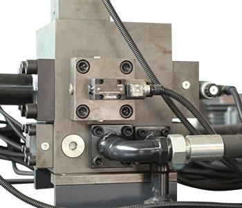 料斗式金属压块打包机液压阀组