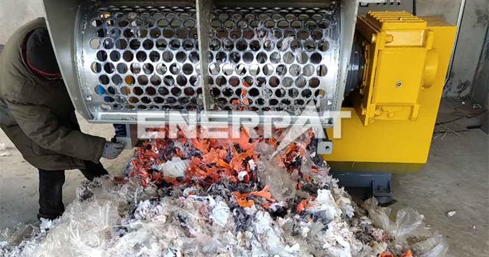 塑料撕碎机一个小时多少吨