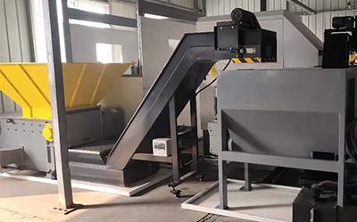 苏州某机械公司定制不锈钢屑压饼机案例